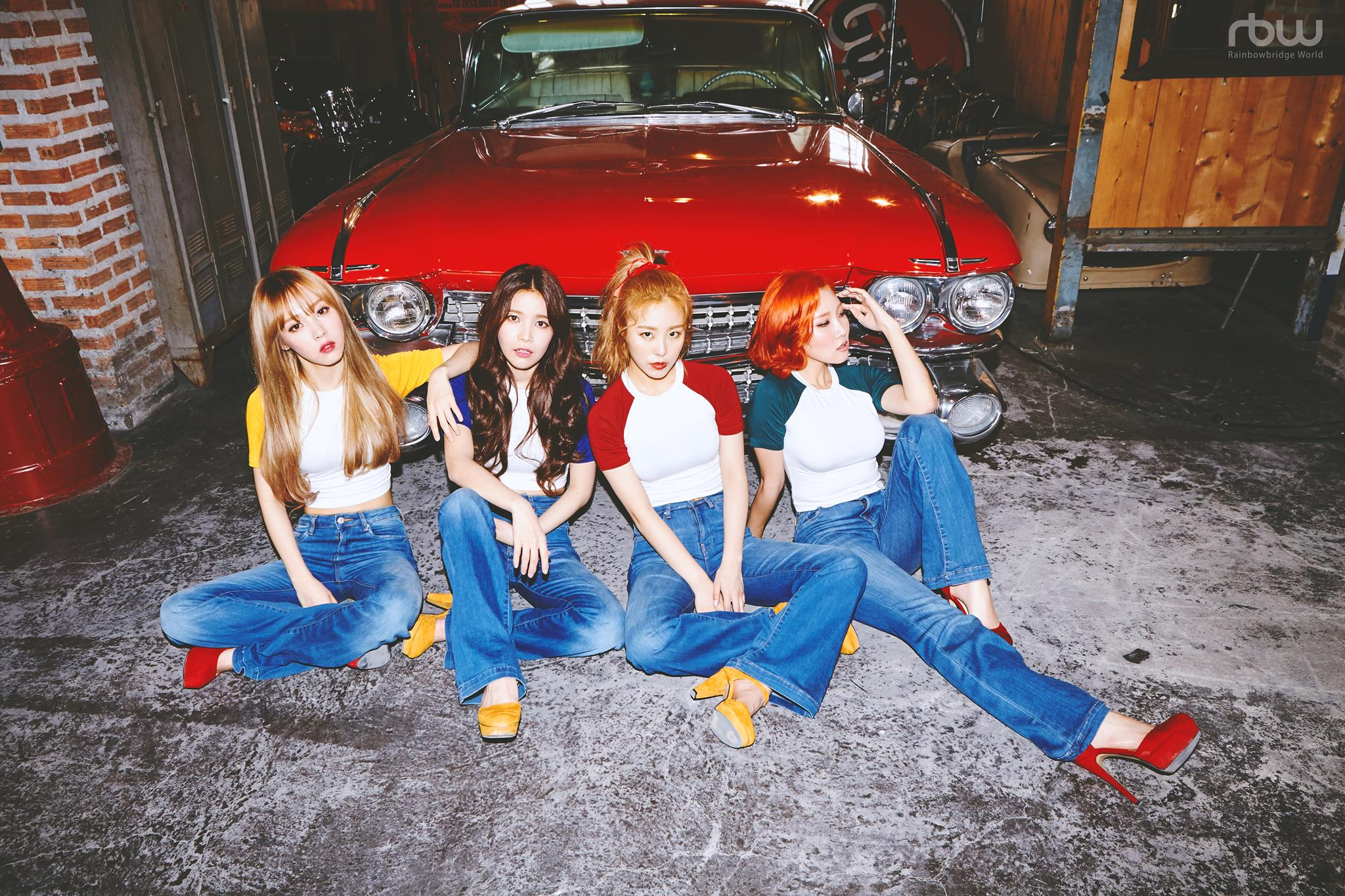 Mamamoo group picture